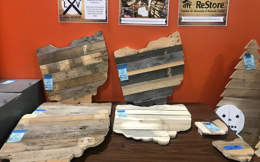 Loyal Volunteer Pallet Projects